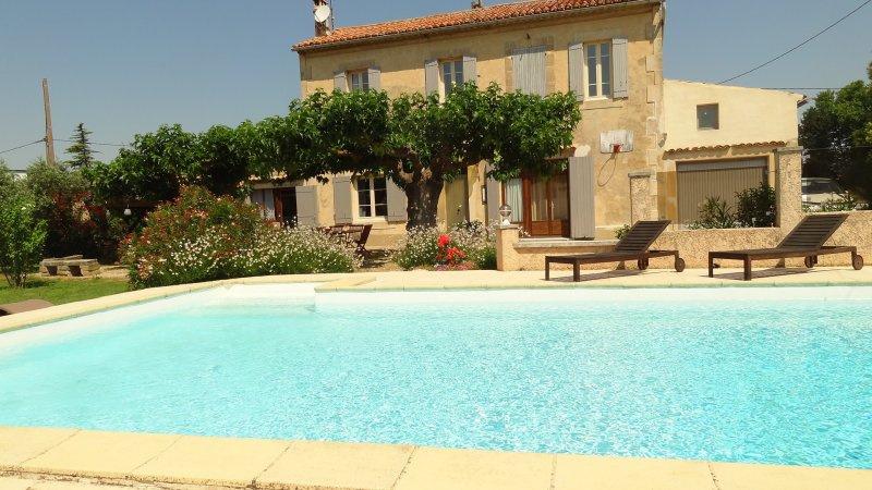 Offres locations vacances belle maison aux portes du - Location maison avec piscine luberon ...