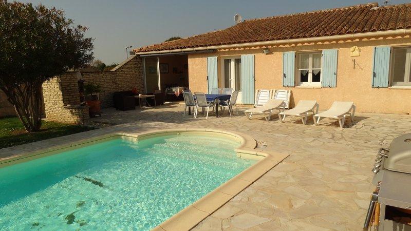 Offres locations vacances lub ron villa avec piscine 4 - Location maison avec piscine luberon ...